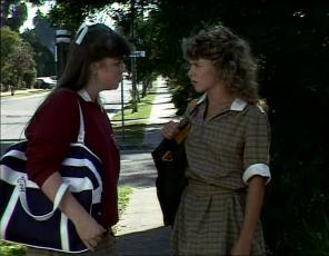 Nikki Dennison, Charlene Mitchell in Neighbours Episode 0253