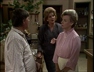 Tom Ramsay, Madge Bishop, Helen Daniels in Neighbours Episode 0255