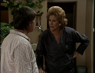 Tom Ramsay, Madge Bishop in Neighbours Episode 0255