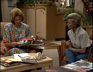 Madge Bishop, Helen Daniels in Neighbours Episode 0255
