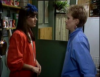 Zoe Davis, Daphne Clarke in Neighbours Episode 0255