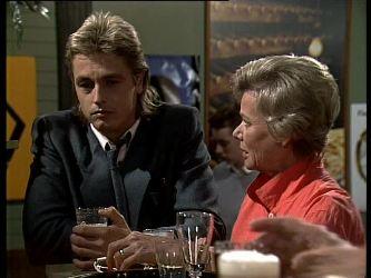 Shane Ramsay, Helen Daniels in Neighbours Episode 0256
