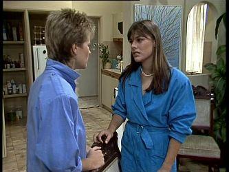 Daphne Clarke, Zoe Davis in Neighbours Episode 0256