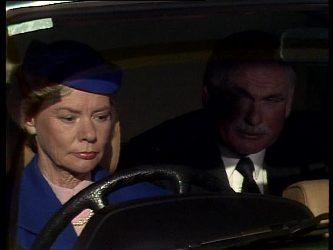 Helen Daniels, Lewis Fleming in Neighbours Episode 0256