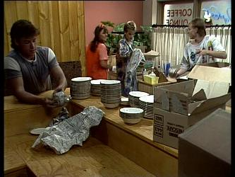 Mike Young, Zoe Davis, Daphne Lawrence, Scott Robinson in Neighbours Episode 0257
