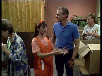 Daphne Lawrence, Zoe Davis, Jim Robinson, Scott Robinson in Neighbours Episode 0257