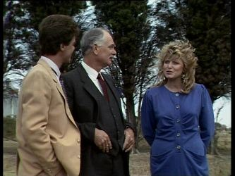 Paul Robinson, Lewis Fleming, Debra Fleming in Neighbours Episode 0257