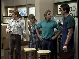 Clive Gibbons, Daphne Clarke, Shane Ramsay, Des Clarke in Neighbours Episode 0257