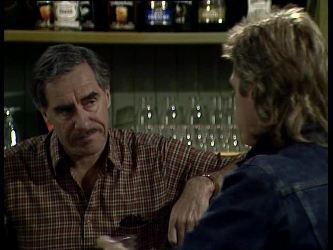 Jack Lassiter, Shane Ramsay in Neighbours Episode 0259