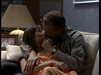 Zoe Davis, Jim Robinson in Neighbours Episode 0259