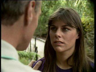 Jim Robinson, Zoe Davis in Neighbours Episode 0259