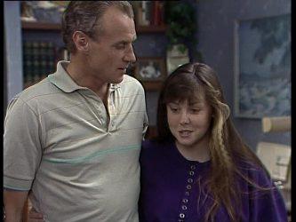 Jim Robinson, Nikki Dennison in Neighbours Episode 0260