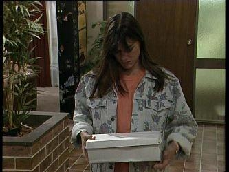 Zoe Davis in Neighbours Episode 0260