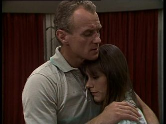 Jim Robinson, Zoe Davis in Neighbours Episode 0262