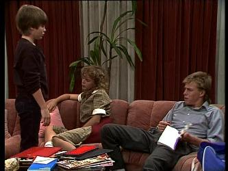 Bradley Townsend, Charlene Mitchell, Scott Robinson in Neighbours Episode 0264