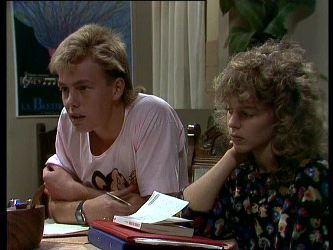 Scott Robinson, Charlene Mitchell in Neighbours Episode 0264