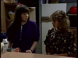 Nikki Dennison, Charlene Mitchell in Neighbours Episode 0264