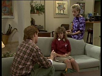 Clive Gibbons, Charlene Mitchell, Daphne Clarke in Neighbours Episode 0265