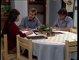 Nikki Dennison, Scott Robinson, Mike Young in Neighbours Episode 0265