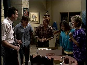 Des Clarke, Mike Young, Clive Gibbons, Nikki Dennison, Daphne Clarke in Neighbours Episode 0267