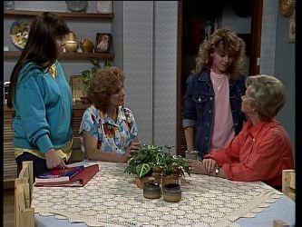 Nikki Dennison, Madge Mitchell, Charlene Mitchell, Helen Daniels in Neighbours Episode 0267