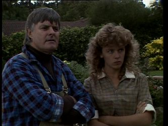 Tom Ramsay, Charlene Mitchell in Neighbours Episode 0268