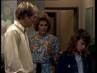 Fred Mitchell, Madge Mitchell, Charlene Mitchell in Neighbours Episode 0269