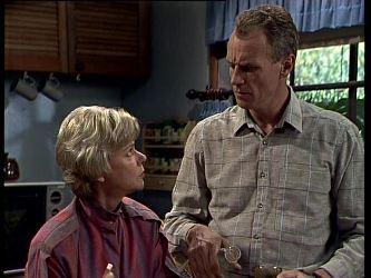 Helen Daniels, Jim Robinson in Neighbours Episode 0269