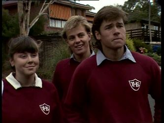 Nikki Dennison, Scott Robinson, Mike Young in Neighbours Episode 0269