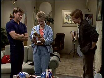 Mike Young, Daphne Clarke, Clive Gibbons in Neighbours Episode 0270