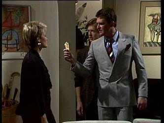Daphne Clarke, Clive Gibbons, Des Clarke in Neighbours Episode 0270