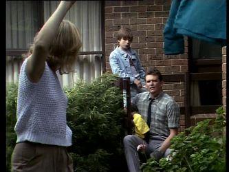 Andrea Townsend, Bradley Townsend, Des Clarke in Neighbours Episode 0271
