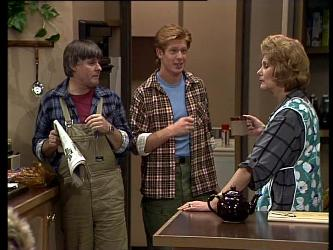 Tom Ramsay, Clive Gibbons, Madge Mitchell in Neighbours Episode 0271