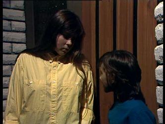 Nikki Dennison, Lucy Robinson in Neighbours Episode 0272