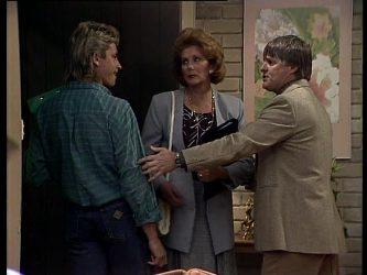 Shane Ramsay, Madge Bishop, Tom Ramsay in Neighbours Episode 0272