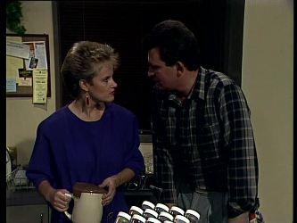 Daphne Lawrence, Des Clarke in Neighbours Episode 0273