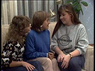 Charlene Mitchell, Sue Parker, Nikki Dennison in Neighbours Episode 0273