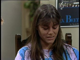 Zoe Davis in Neighbours Episode 0274