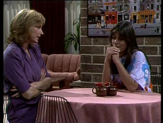 Andrea Townsend, Zoe Davis in Neighbours Episode 0274