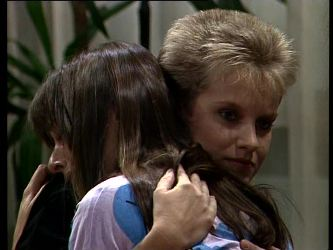 Zoe Davis, Daphne Clarke in Neighbours Episode 0274
