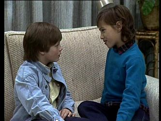 Bradley Townsend, Lucy Robinson in Neighbours Episode 0274