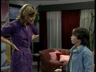 Andrea Townsend, Bradley Townsend in Neighbours Episode 0275