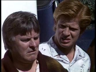 Tom Ramsay, Clive Gibbons in Neighbours Episode 0276