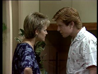 Daphne Clarke, Clive Gibbons in Neighbours Episode 0276