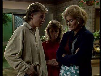 Scott Robinson, Charlene Mitchell, Madge Bishop in Neighbours Episode 0276