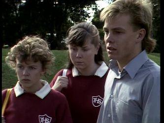 Charlene Mitchell, Nikki Dennison, Scott Robinson in Neighbours Episode 0277