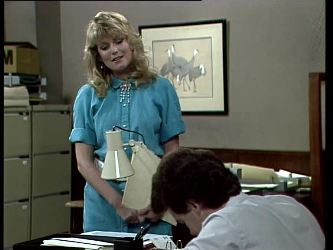 Debra Fleming, Paul Robinson in Neighbours Episode 0277