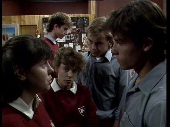 Nikki Dennison, Roger, Charlene Mitchell, Scott Robinson, Mike Young in Neighbours Episode 0277