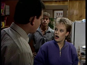 Des Clarke, Mike Young, Daphne Lawrence in Neighbours Episode 0278