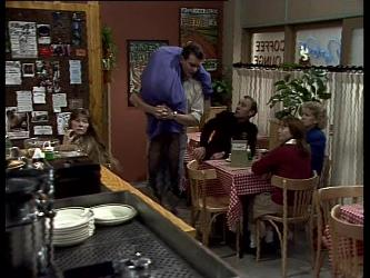 Daphne Lawrence, Des Clarke in Neighbours Episode 0278